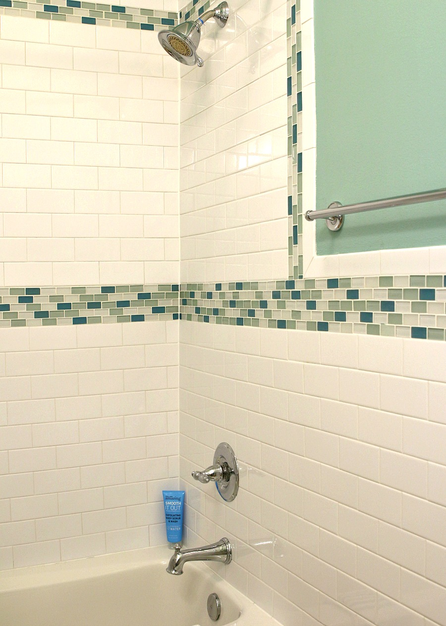 mockingbird suites shower