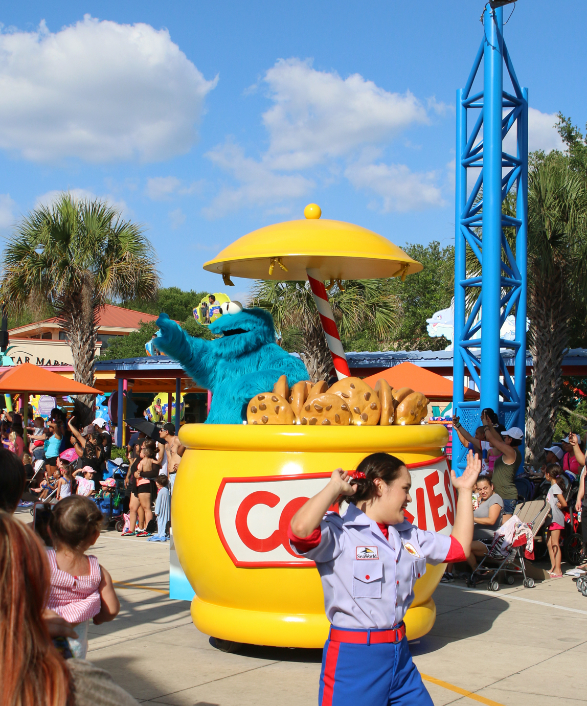 Cookie Monster float in Sesame Street parade