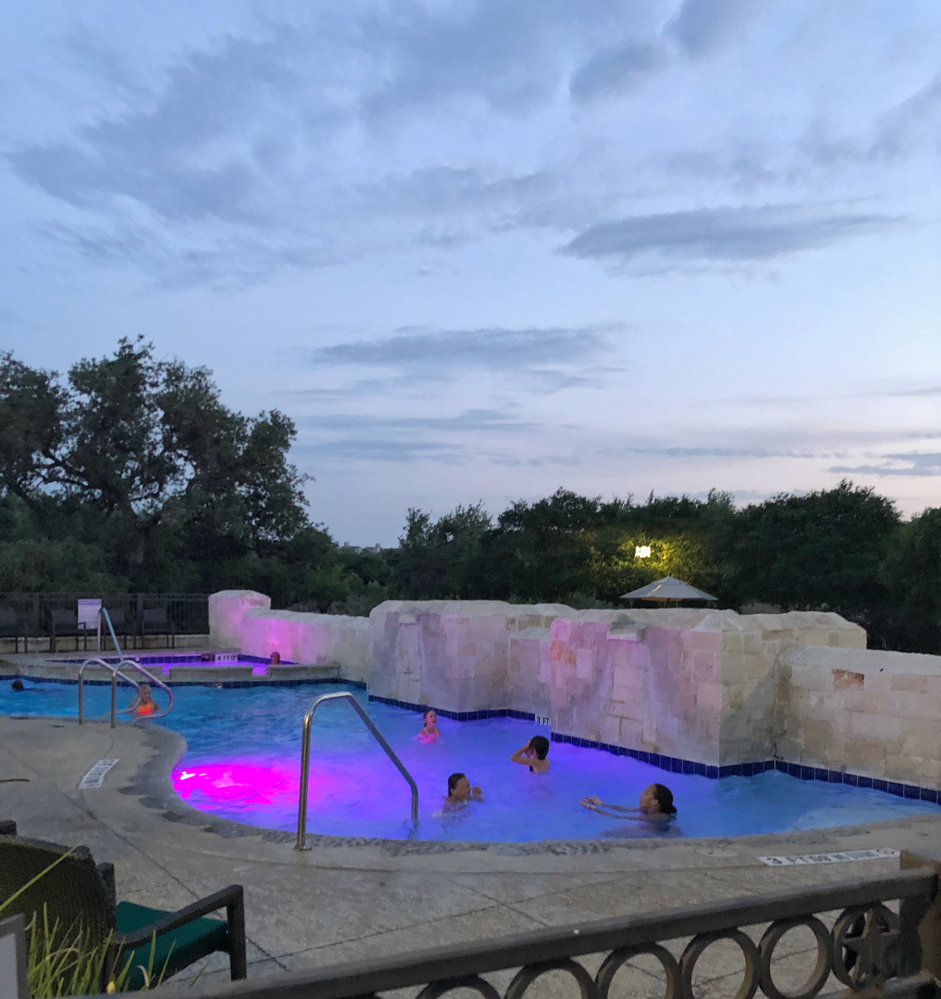 Hilton hill country swimming pool