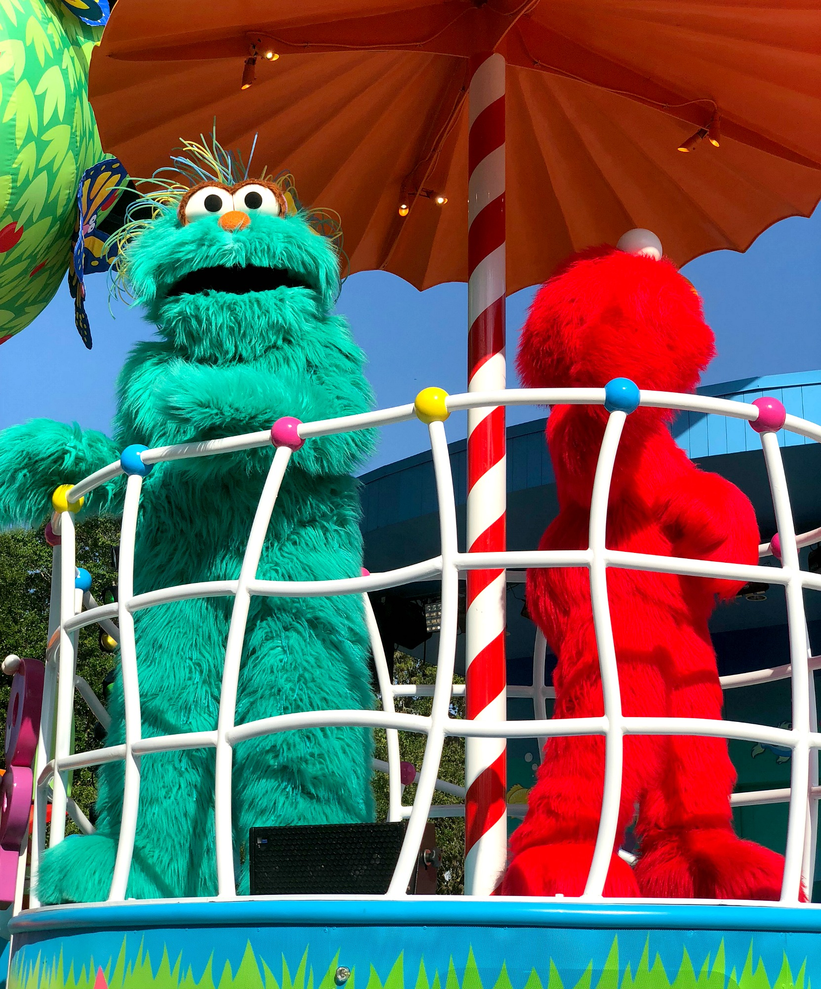 Elmo in parade at SeaWorld