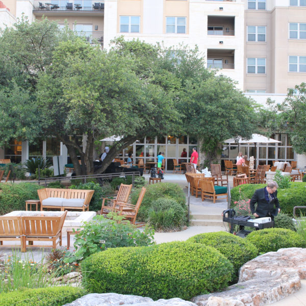 Best Hotel Near Sea World San Antonio: Hilton Hill Country