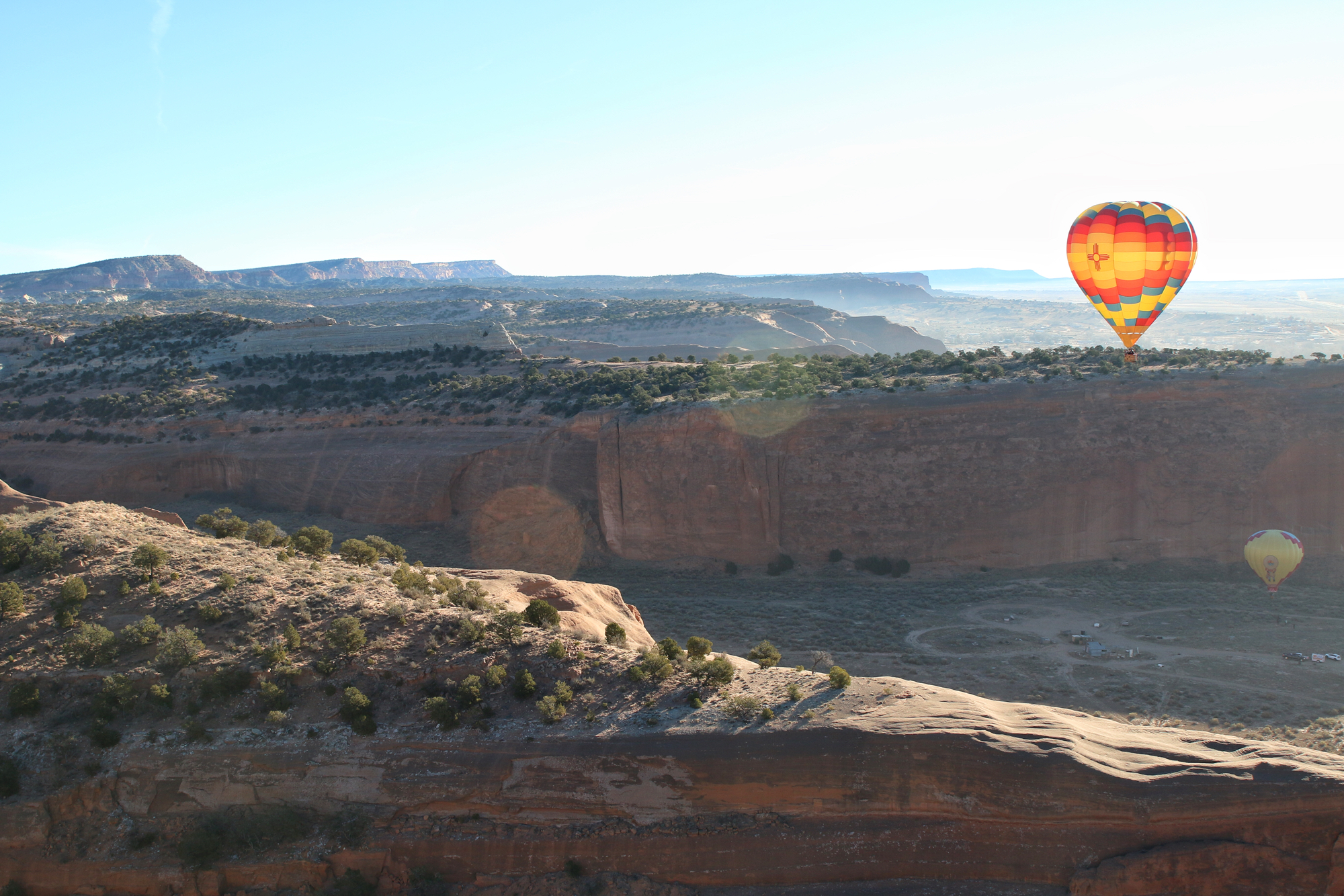 hot air balloon in flight in gallup, New Mexico